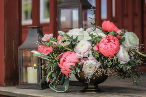 Daisy Stone Studio, Florists for Montague Retreat Center